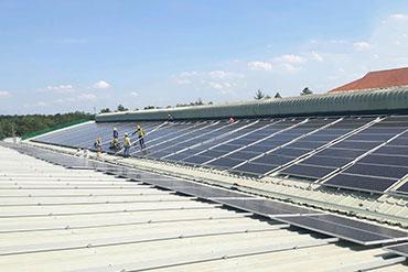 Hệ thống điện năng lương mặt trời tại Nhựa Thiếu Niên Tiền Phong